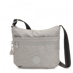 Black Friday 2020 - Kipling ARTO Shoulder Bag Across Body Chalk Grey